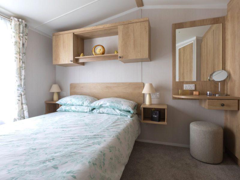 Bedroom caravan park home near Lytham